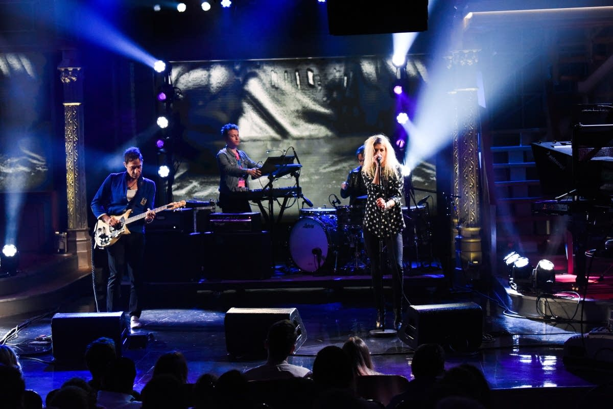 The Kills perform on 'The Late Show with Stephen Colbert'