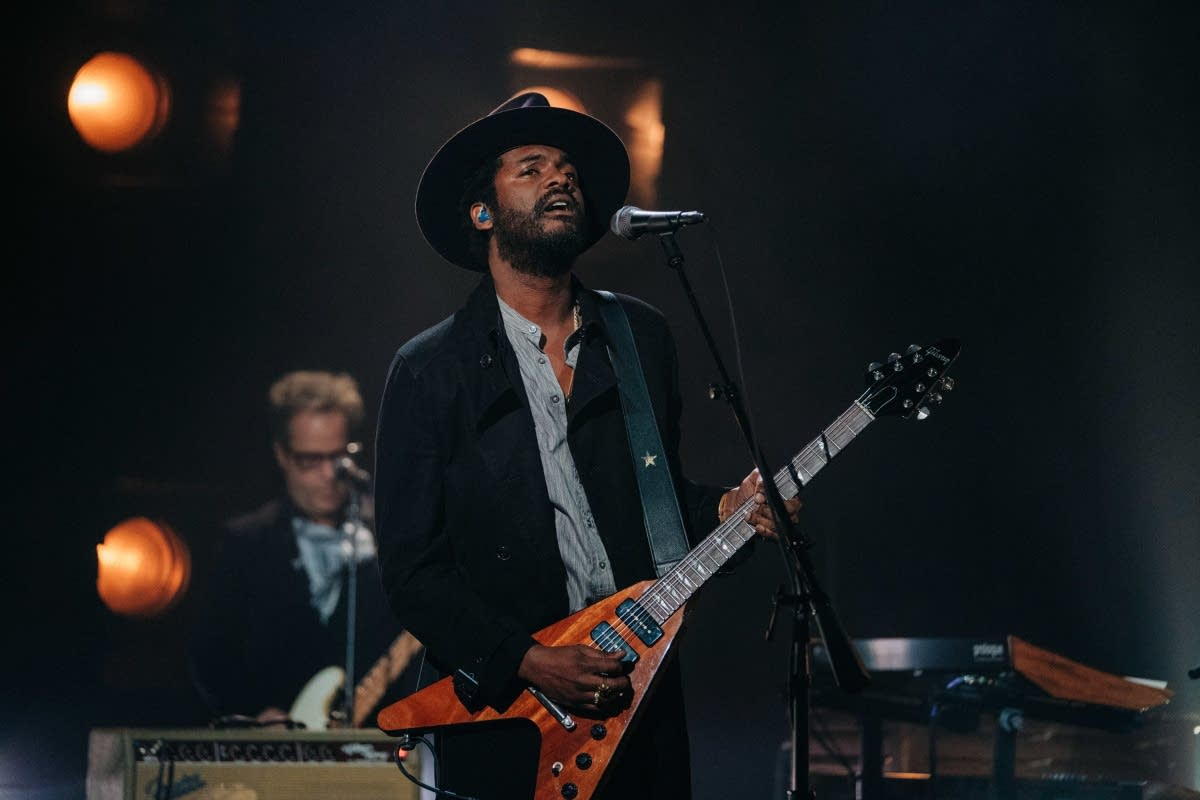 Gary Clark Jr performs on 'The Late Late Show with James Corden'