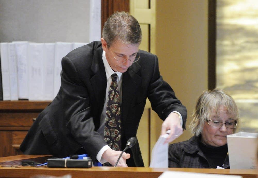 Franken attorney Kevin Hamilton