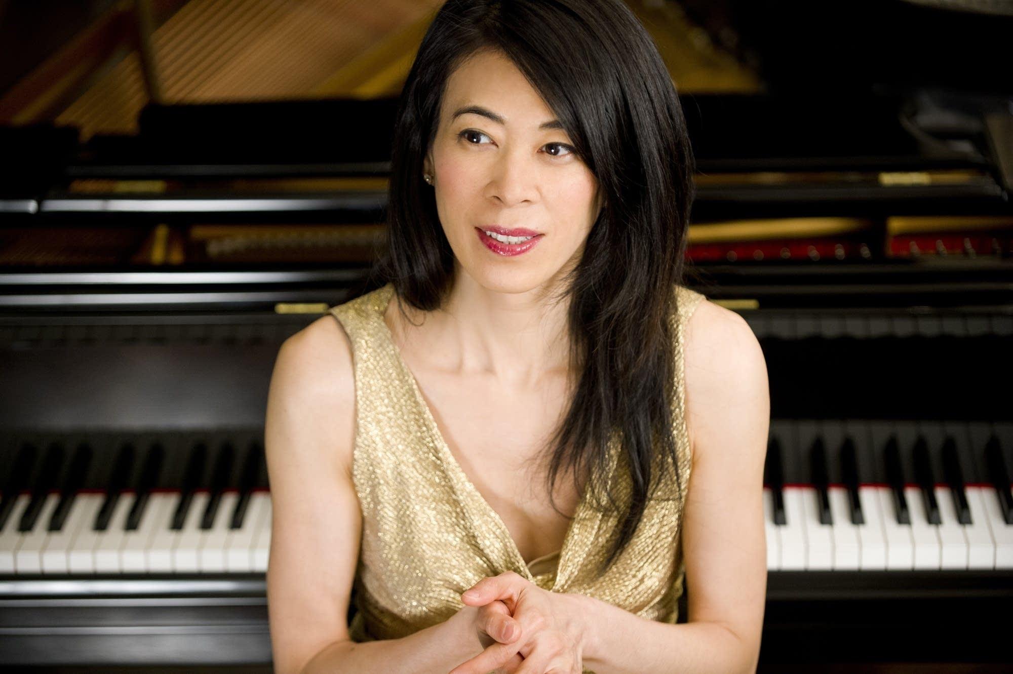 Pianist Jenny Lin