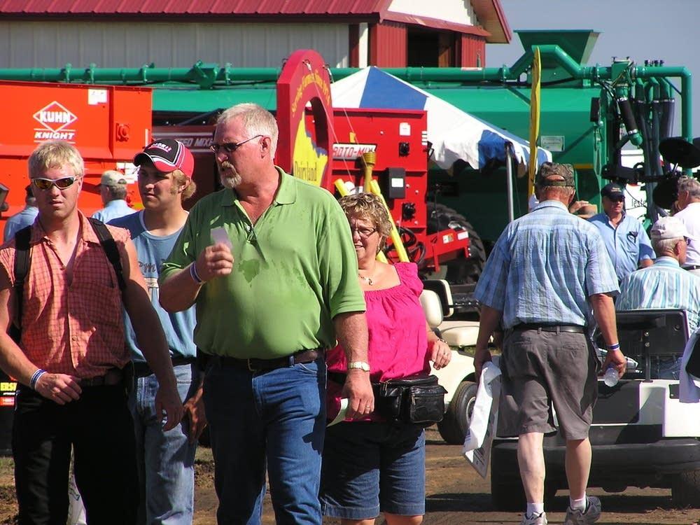 Farmfest crowds