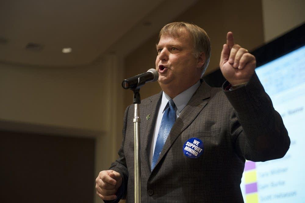 Hoyt Lakes Mayor Mark Skelton