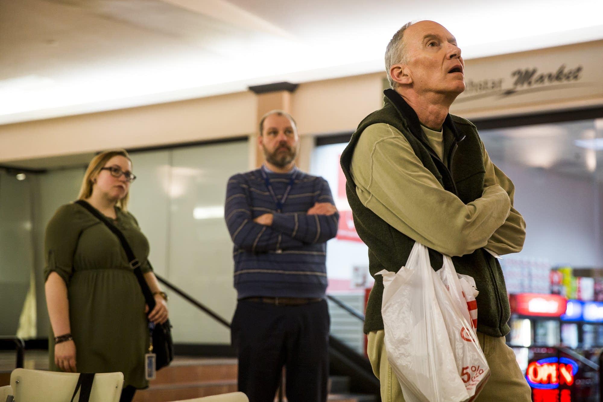 Alan Carpenter watches Al Franken resign.