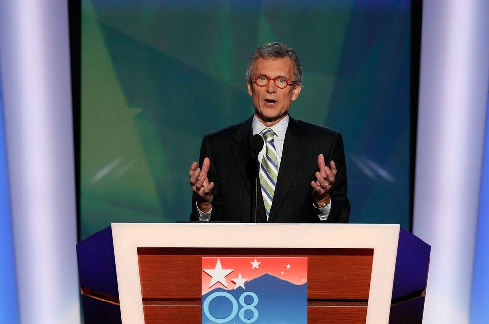 Tom Daschle speaks at the DNC