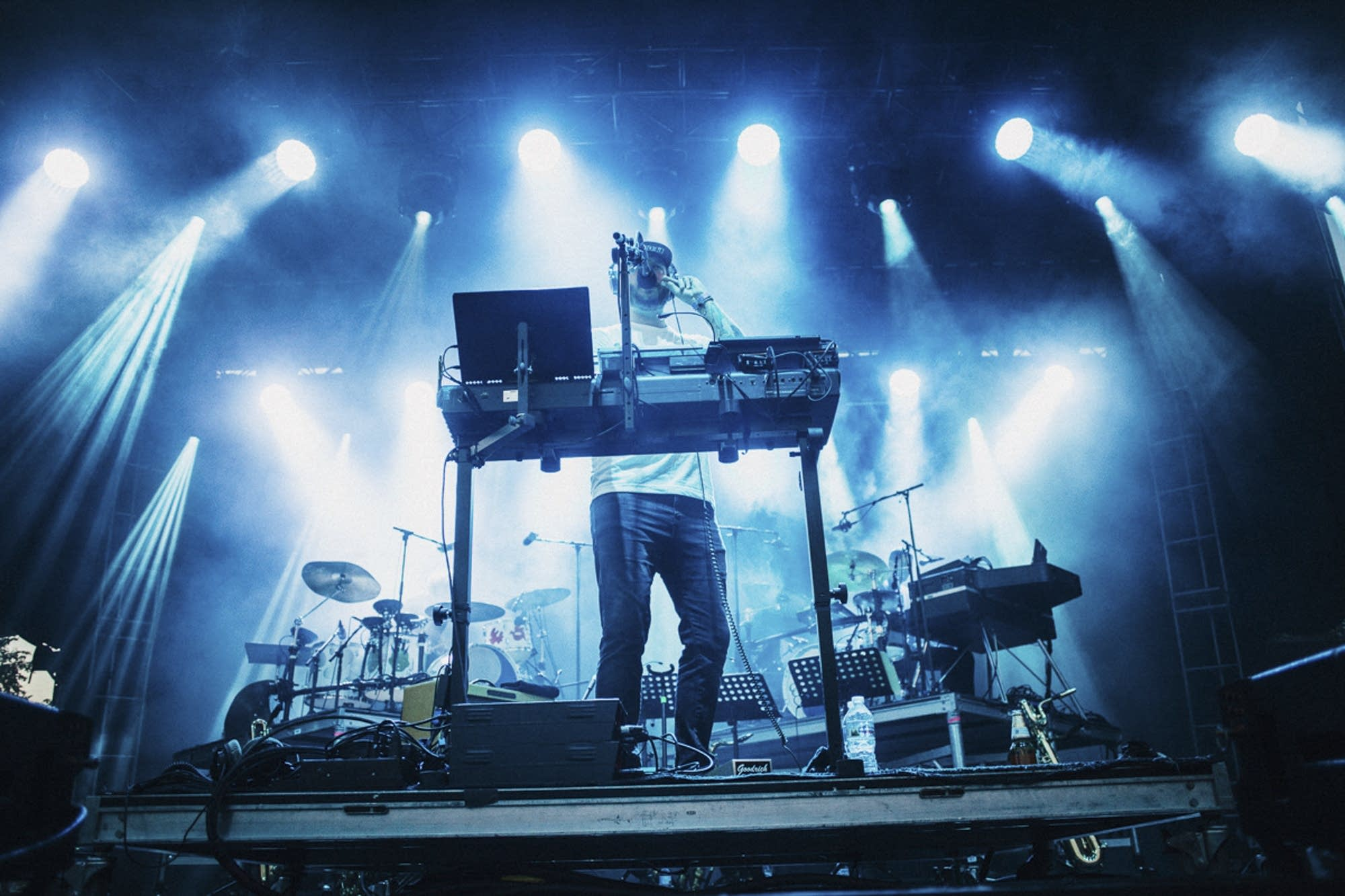 Bon Iver plays his synth.