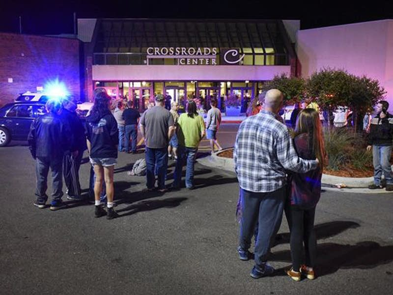 Injuries reported at a St. Cloud shopping mall.