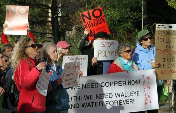 Anti-mining rally in St. Paul