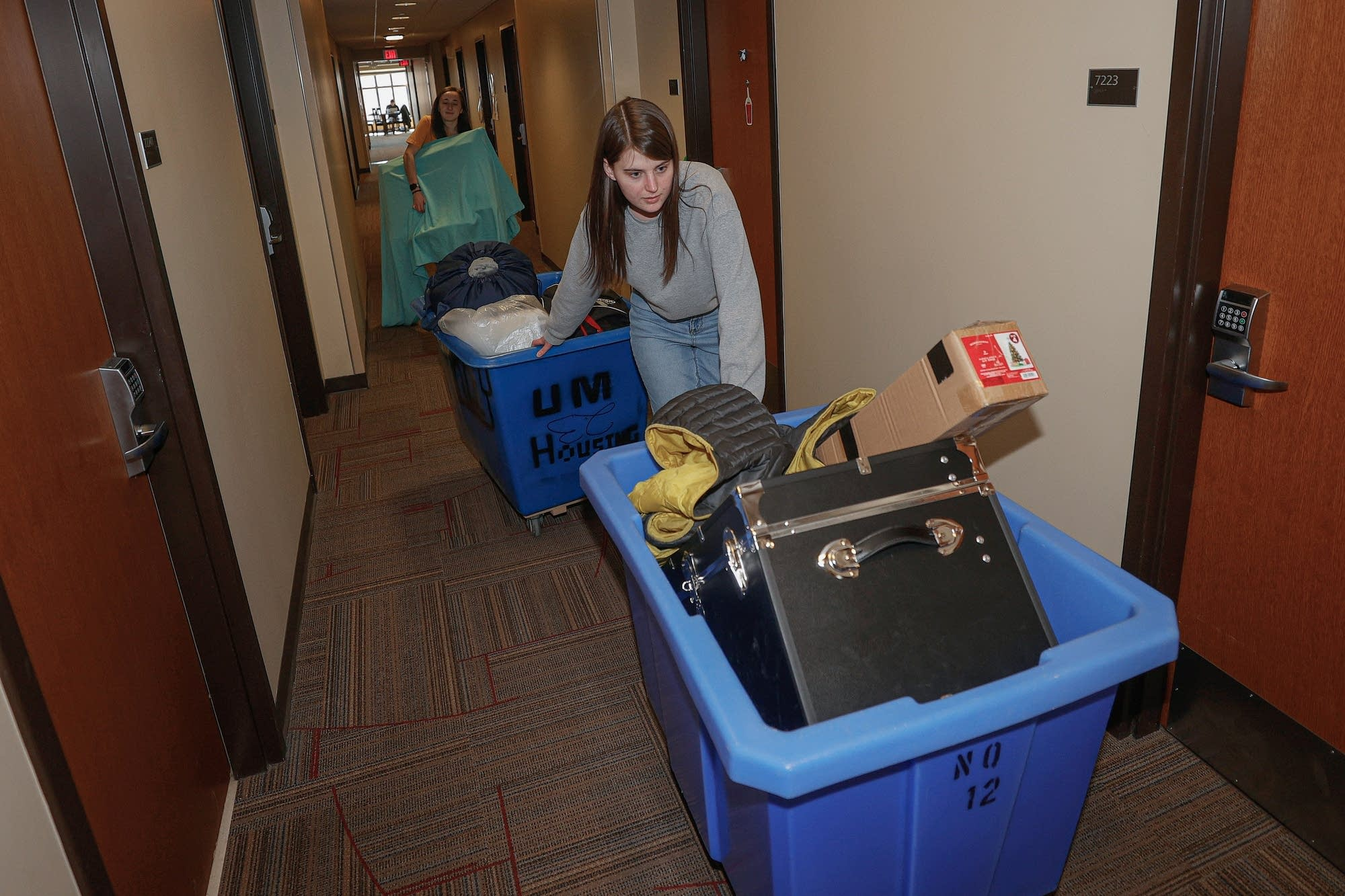 Students Leave Michigan Dorm Coronavirus