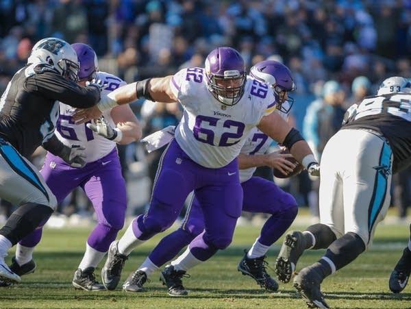 Minnesota Vikings' Nick Easton