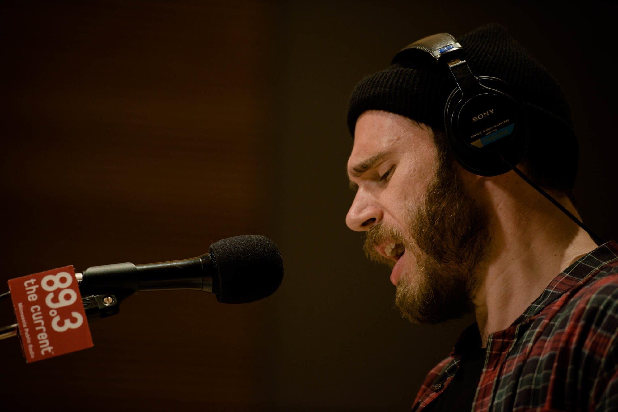 James Vincent McMorrow in studio