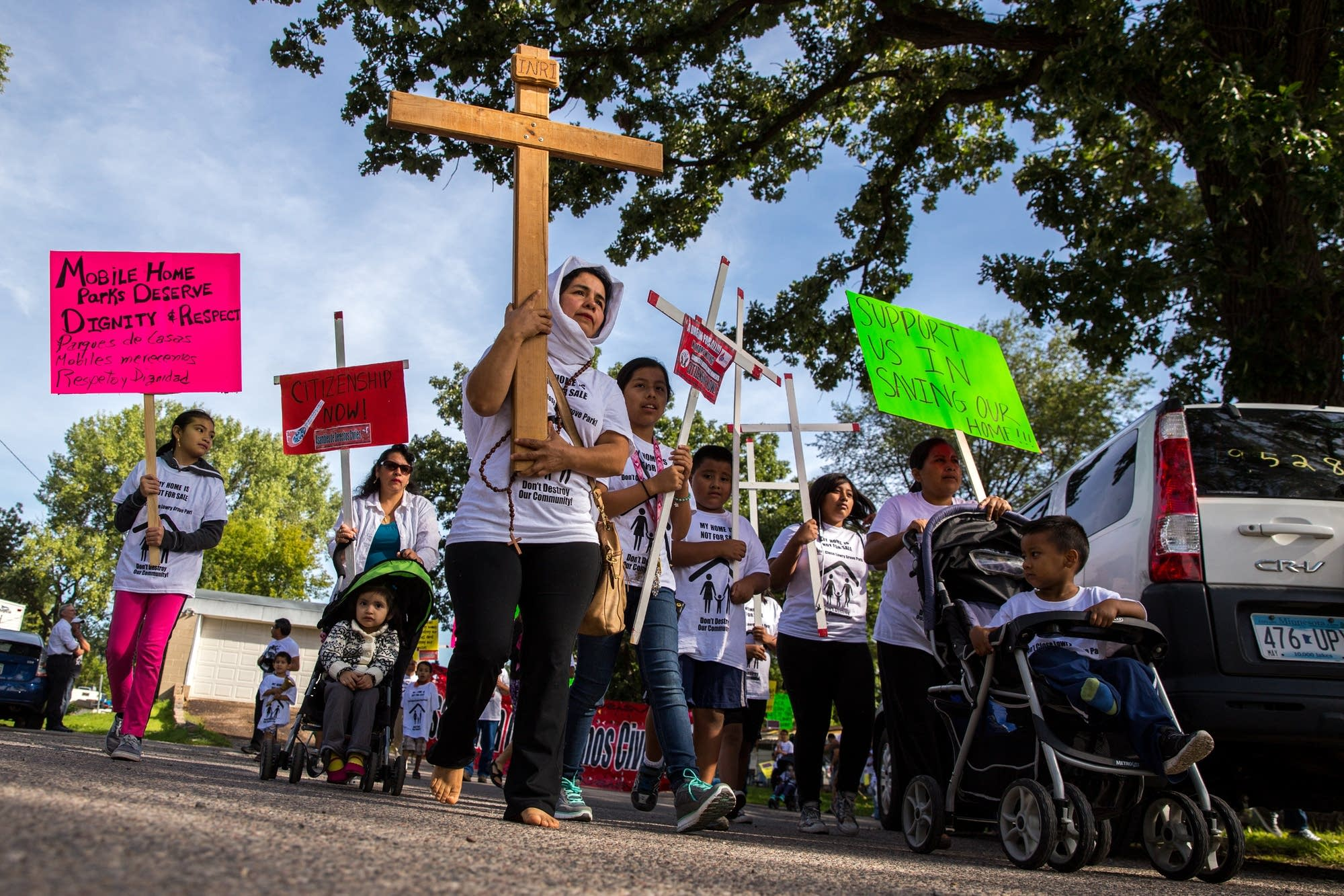 Antonia Alvarez Leads A March To The Courthouse