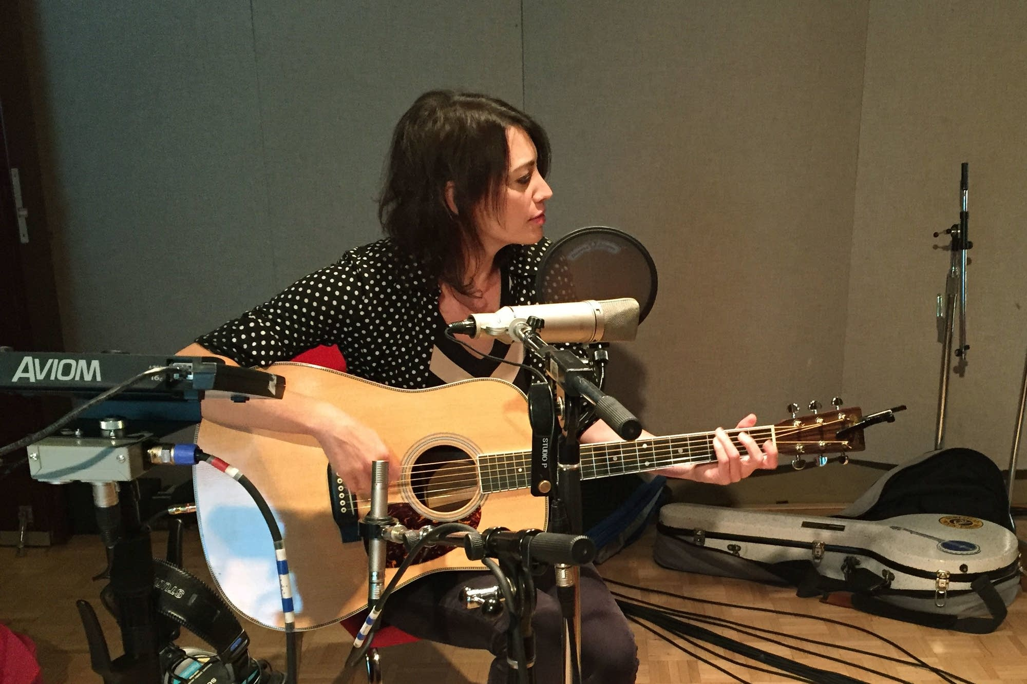 Pieta Brown performs at Radio Heartland