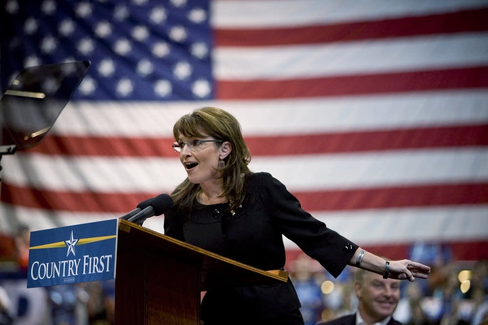 Palin holds campaign rally in Nevada
