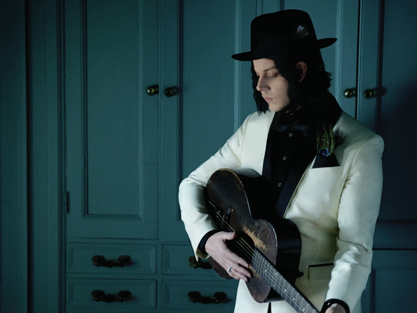 jack white press photo for lazaretto