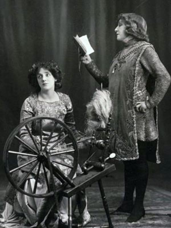 Sarah Bernhardt and Mrs. Campbell