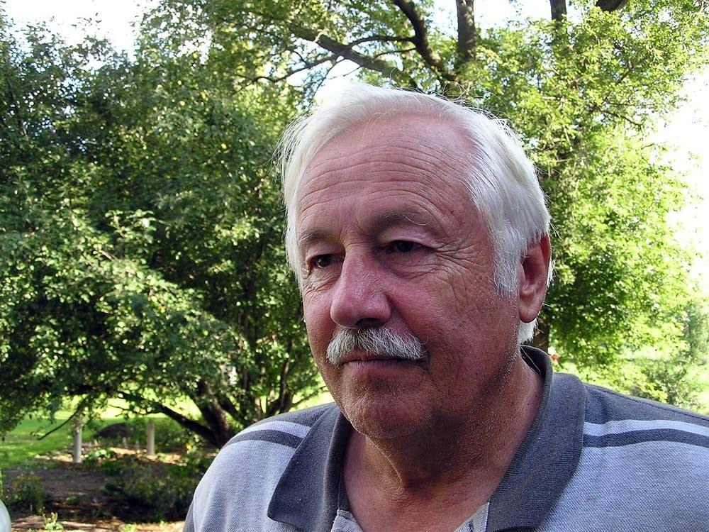 Larry Olson