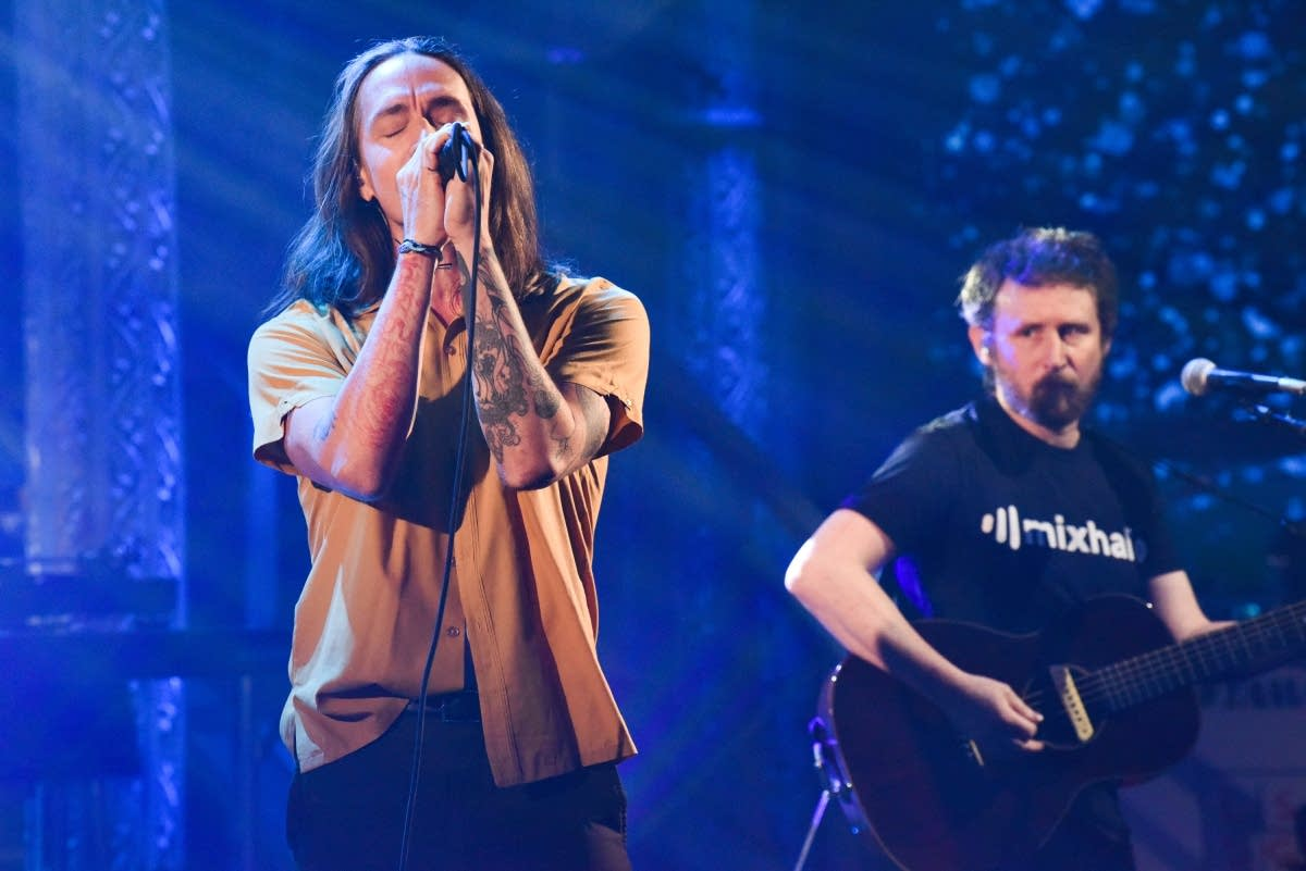 Incubus perform on 'The Late Show with Stephen Colbert'