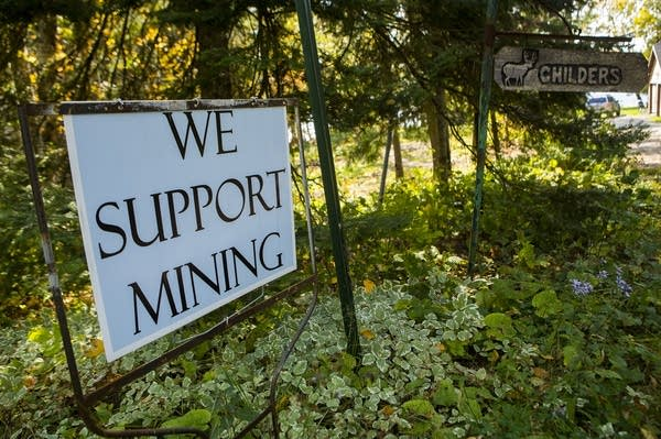 A yard sign shows Childers' support for mining.