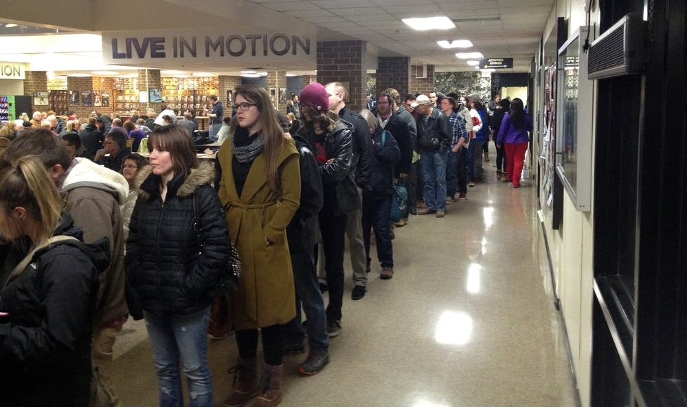 The line was long in Mankato.