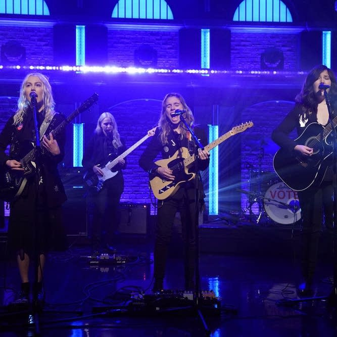 boygenius perform on 'Late Night with Seth Meyers'