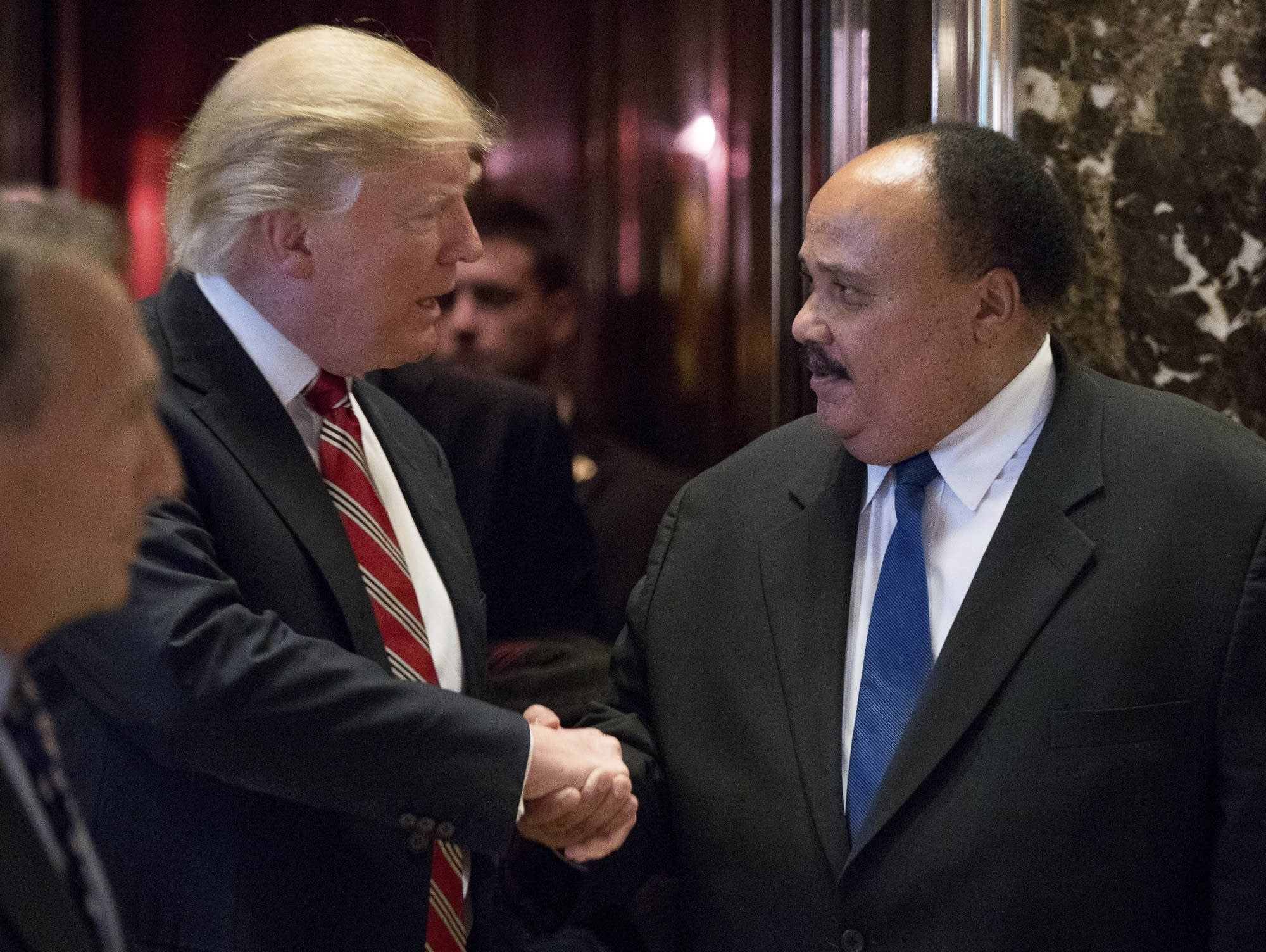 Martin Luther King III meets with Donald Trump