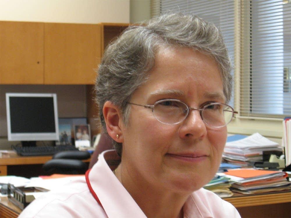 Dr. Kristin Nichol
