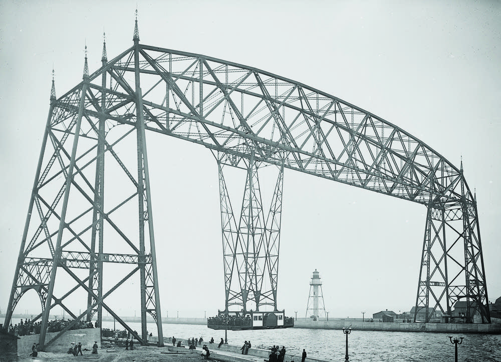 Duluth's aerial transfer bridge