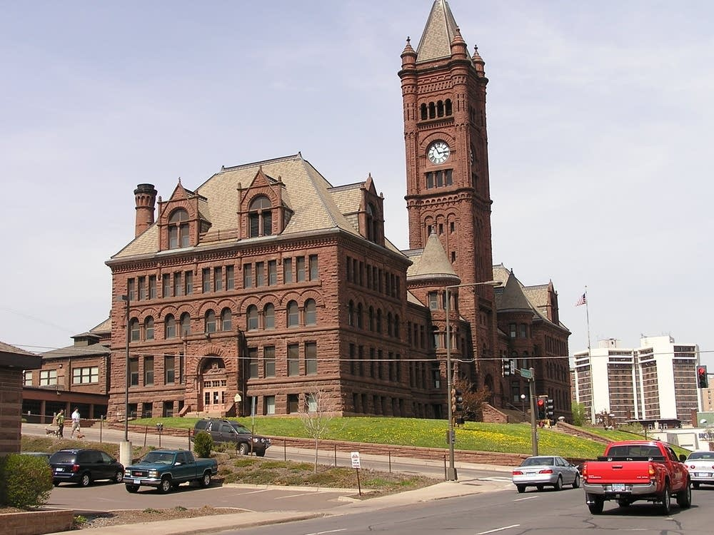 Duluth schools administration building