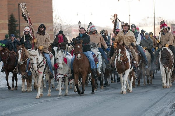 Dakota 38 riders