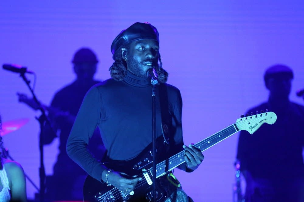 Blood Orange performs on 'The Tonight Show Starring Jimmy Fallon'