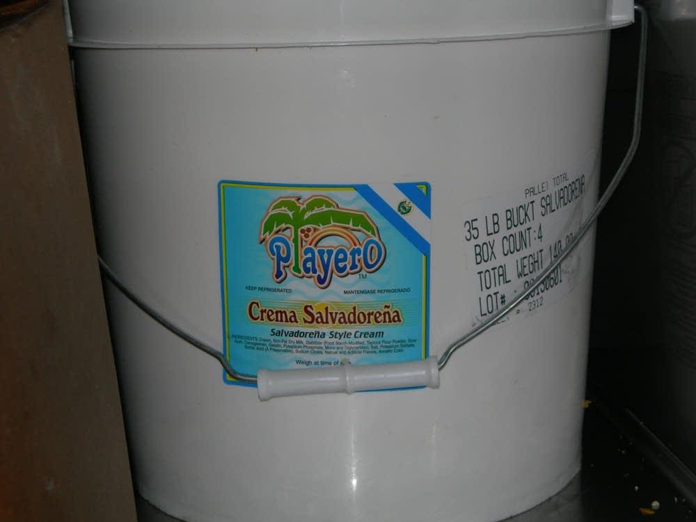 Salvadorian cream