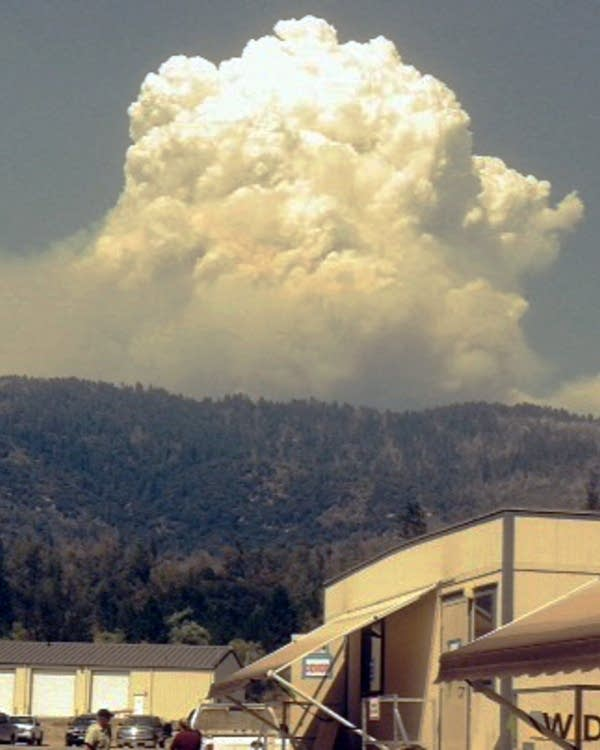 NWS Incident Meteorologists forecast on the fire-line | MPR News