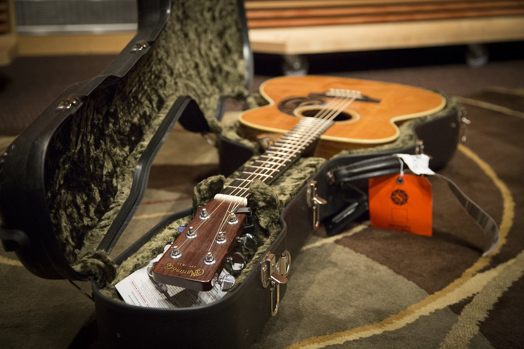 Greg Holden's 1972 Martin 00-28 in its case