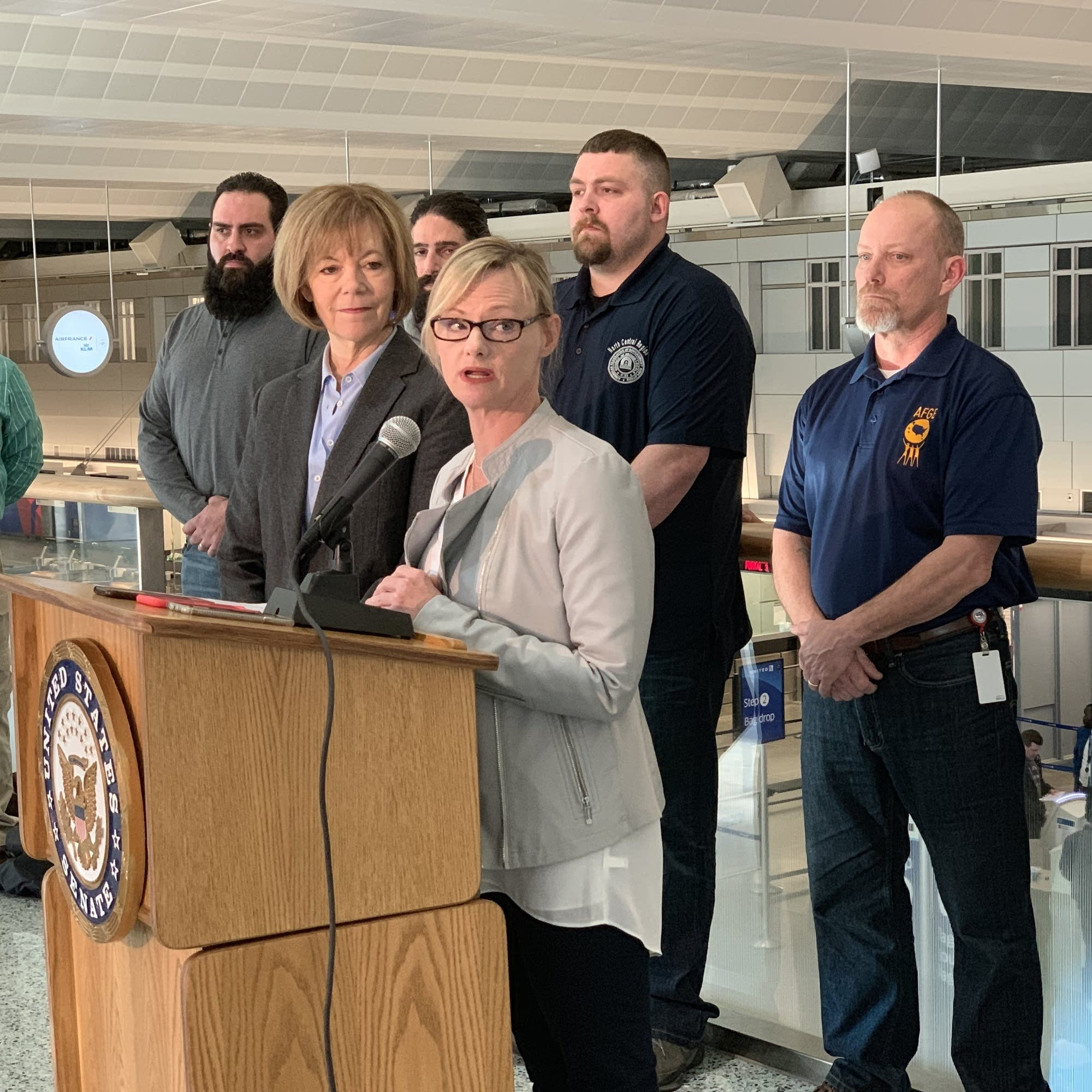 Financial pressure builds on Minnesota federal employees