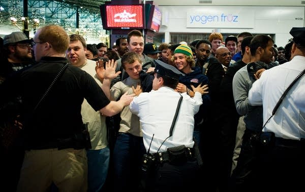 Mall Of America Claims Record Black Friday Crowds Mpr News