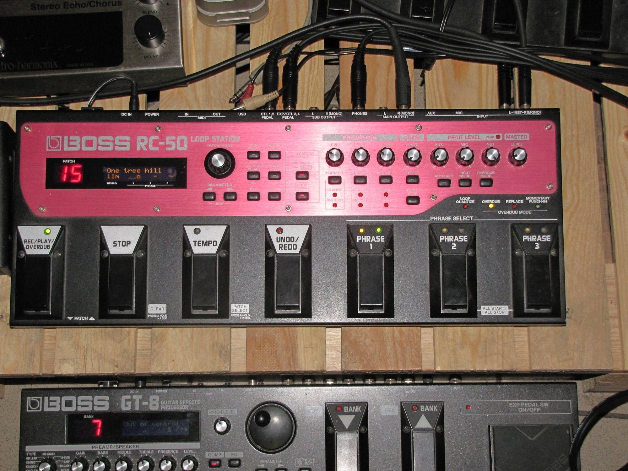 Looping pedal