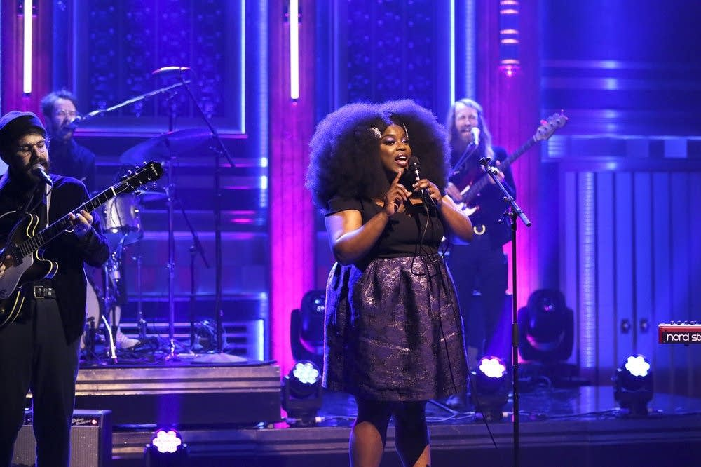 Yola performs on 'The Tonight Show Starring Jimmy Fallon'