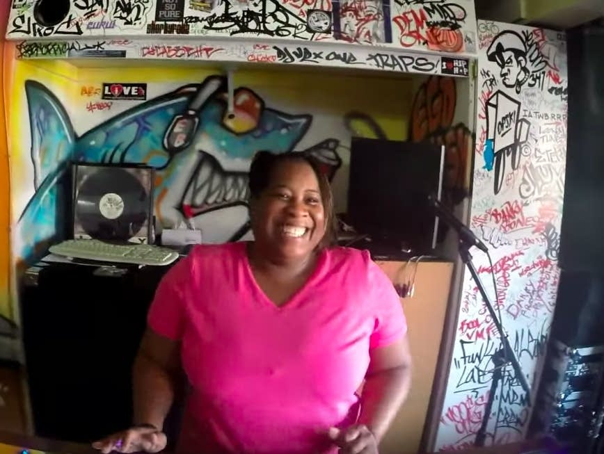 Pam the Funkstress spins in 2014.