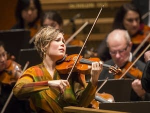 Leila Josefowicz in concert