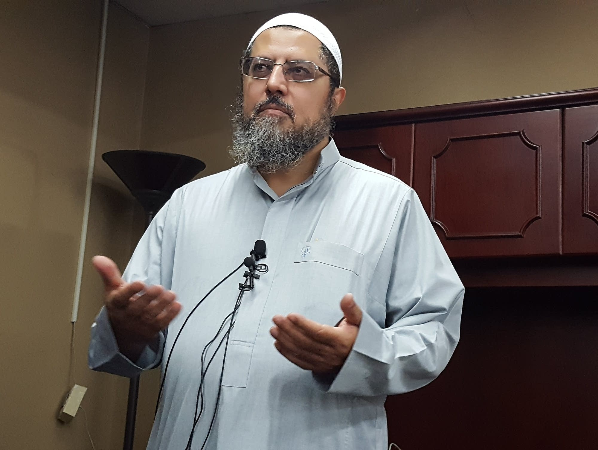 Imam Waleed Meneese at Dar Al-Farooq Islamic Center.