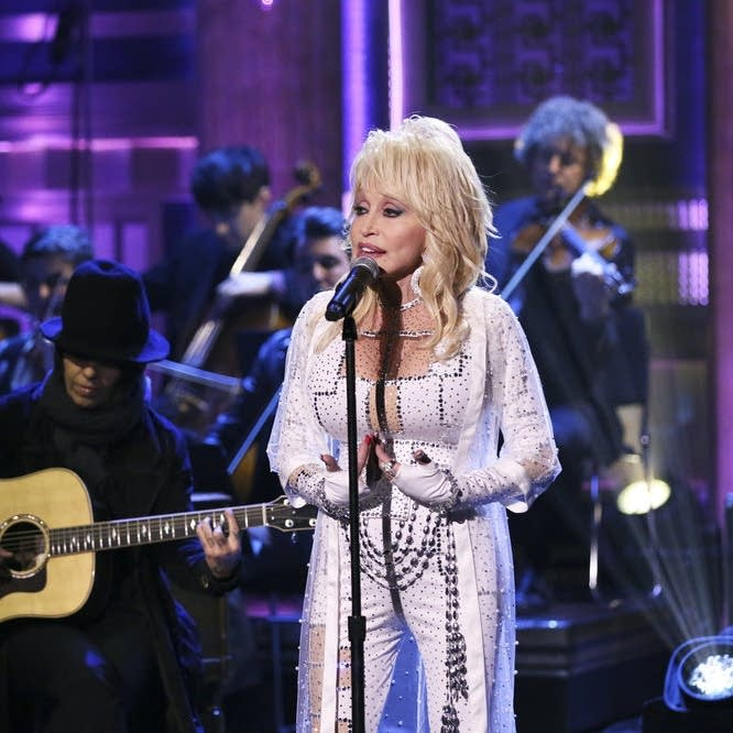 Dolly Parton performs on 'The Tonight Show Starring Jimmy Fallon'