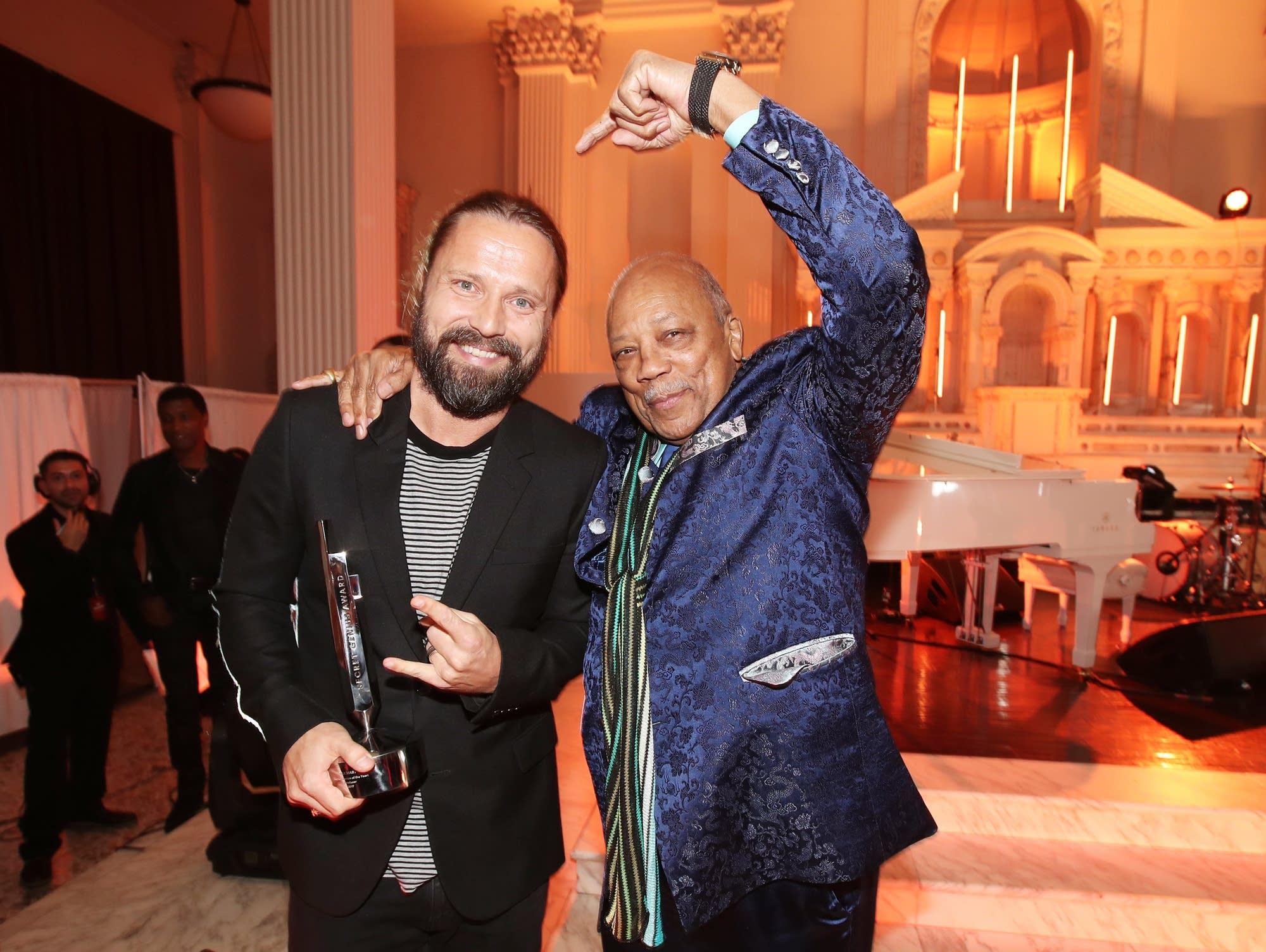 Quincy Jones gives props to Max Martin.