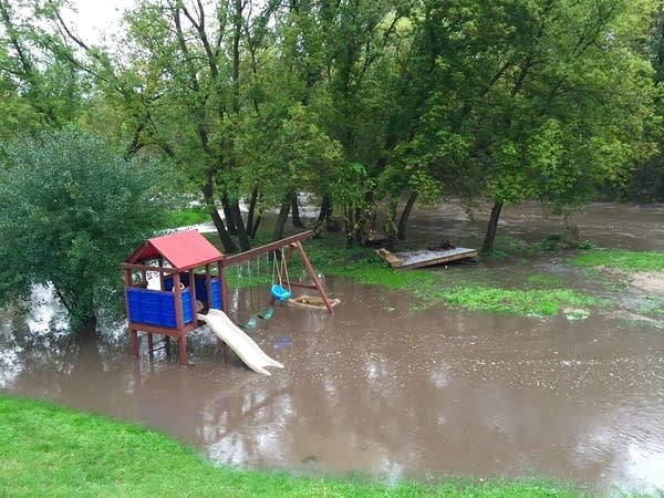 Rising water on the Zumbro River