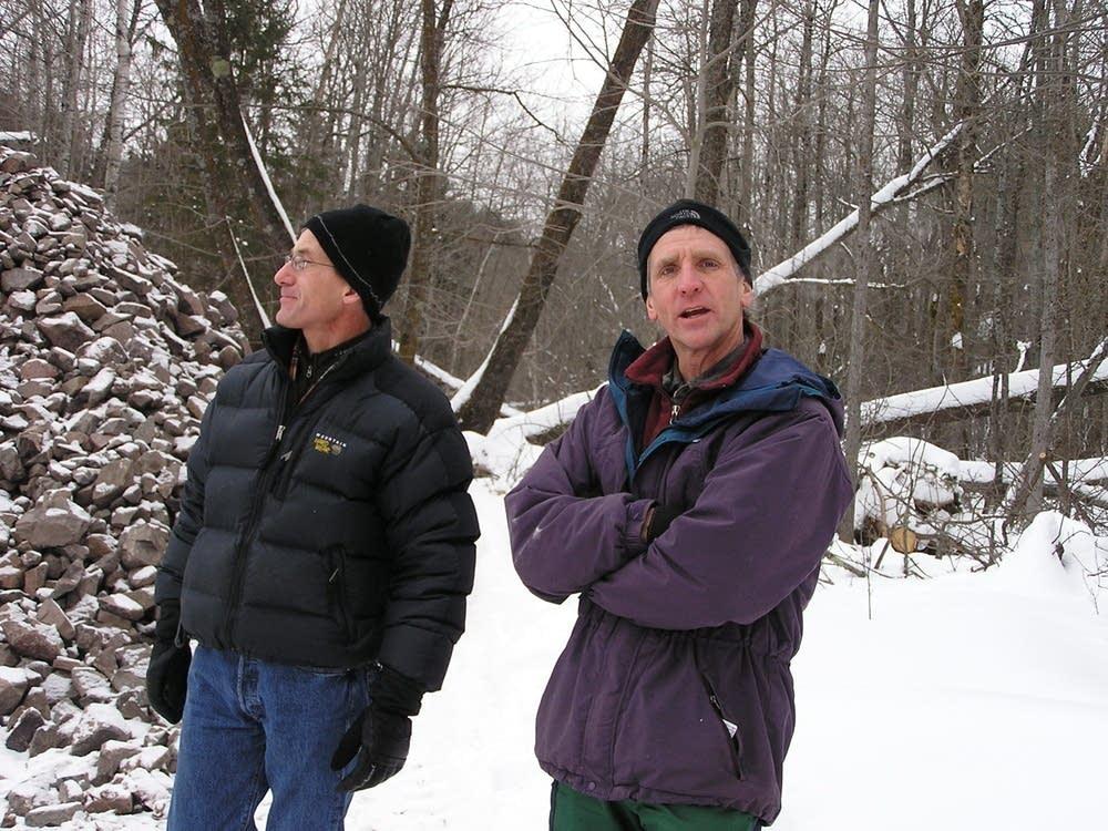 Peterson, left; Lindgren, right