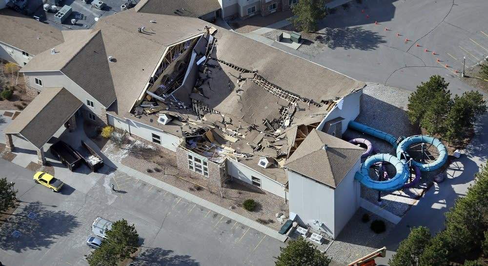 Waterpark Roof Collapse Exposes Gaps In Mn S Building