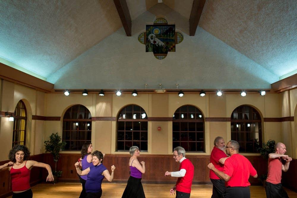 Kairos Dance rehearsal