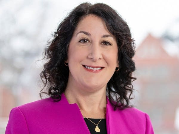 Suzanne Rivera named new Macalester College president