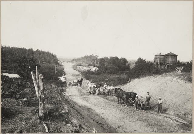 Sandstone road construction
