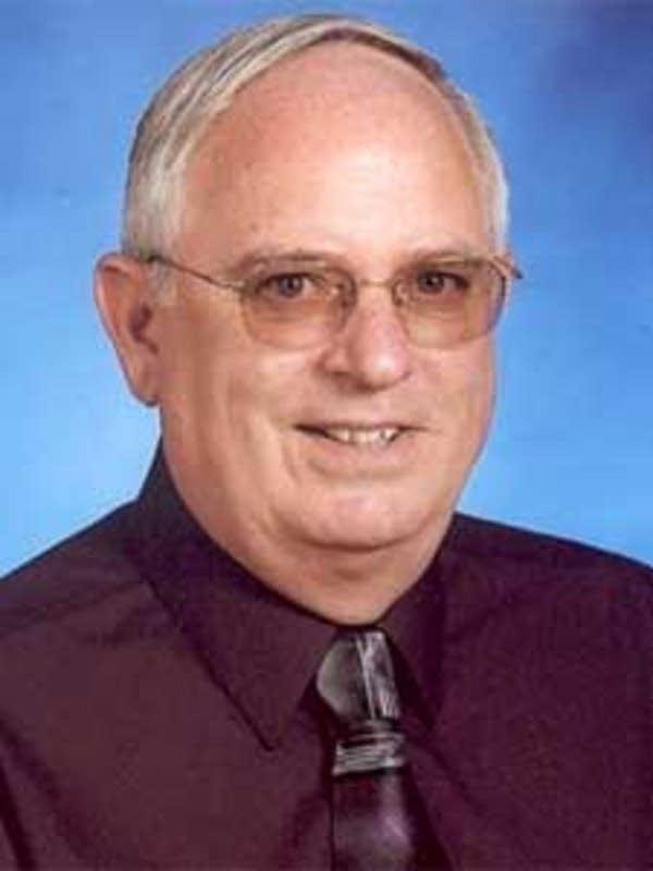Michael Cruze