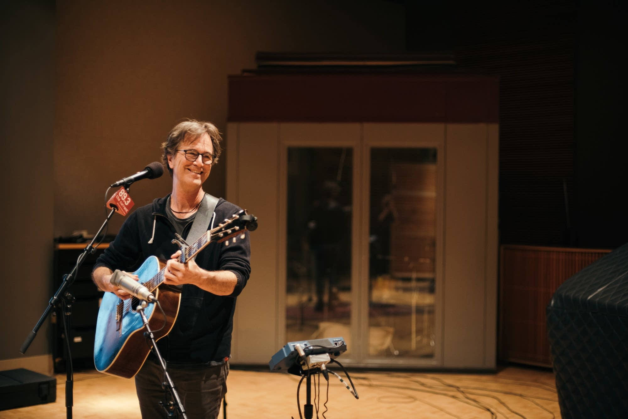 Dan Wilson performs in The Current studio